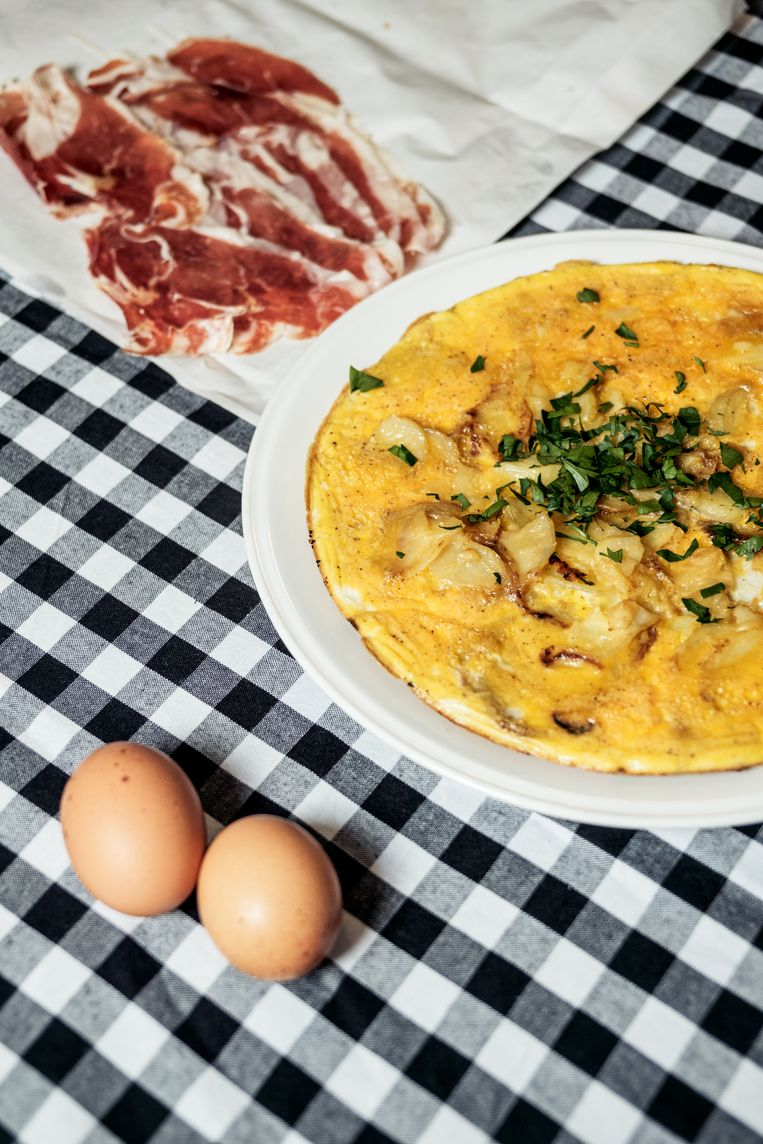 Aardappeltortilla met ei. Beeld Jakob van Vliet