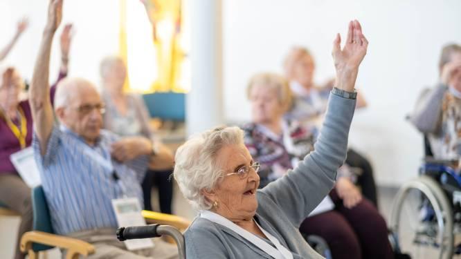 """Senioren dansen en sporten tijdens 'Week van de Valpreventie': """"Met kleine tips kunnen we zware val vermijden"""""""