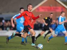 Michel Kooijman maakt vier doelpunten in historische laatste derby tussen Zuilichem en Brakel