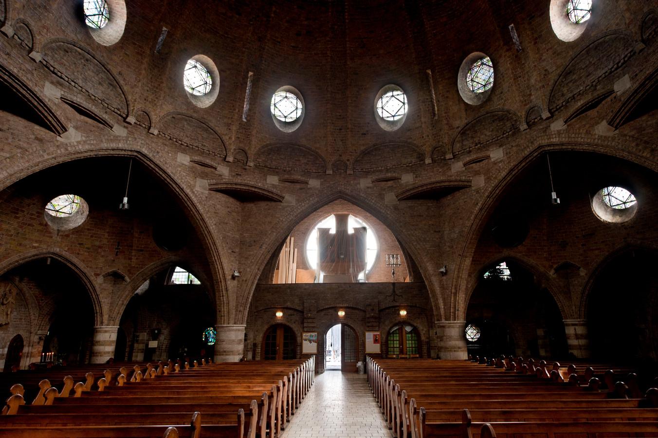 De Jacobuskerk aan de Oude Markt is dinsdag het startpunt van een wandeling naar de kapel van de Jacobuskerk in Lonneker.