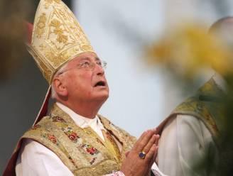 Omstreden Duitse bisschop Mixa neemt ontslag
