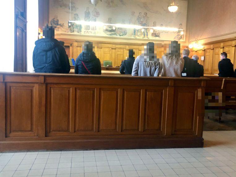 De correctionele rechtbank in Leuven hield een themazitting. Tien van de twintig daagden op.