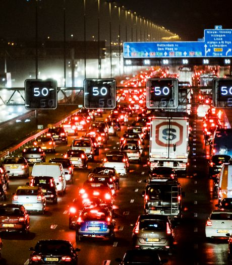 Filemaand november weer ouderwets druk door slecht weer én meer auto's