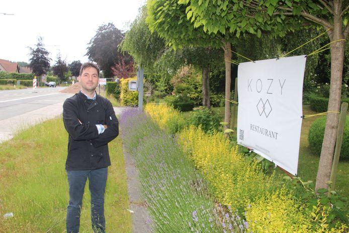 Jurgen Pauwels van restaurant Kozy langs de Grote Steenweg in Oordegem ontvangt dit weekend nog geen klanten op zijn terras.