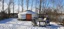 Eén van de yurts op boerenrustcamping De Kermisrose in Nieuwerkerk