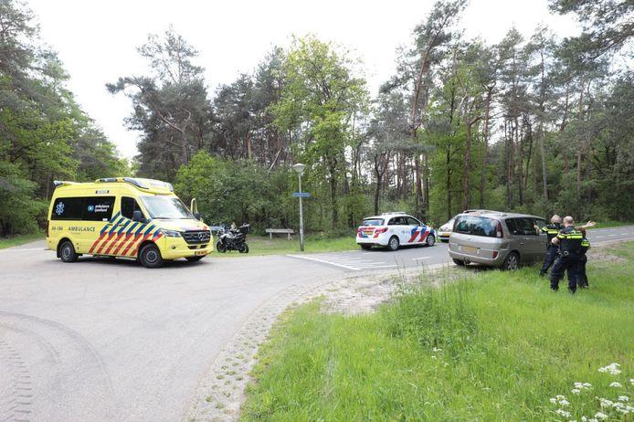 De motorrijder raakte gewond bij de aanrijding.