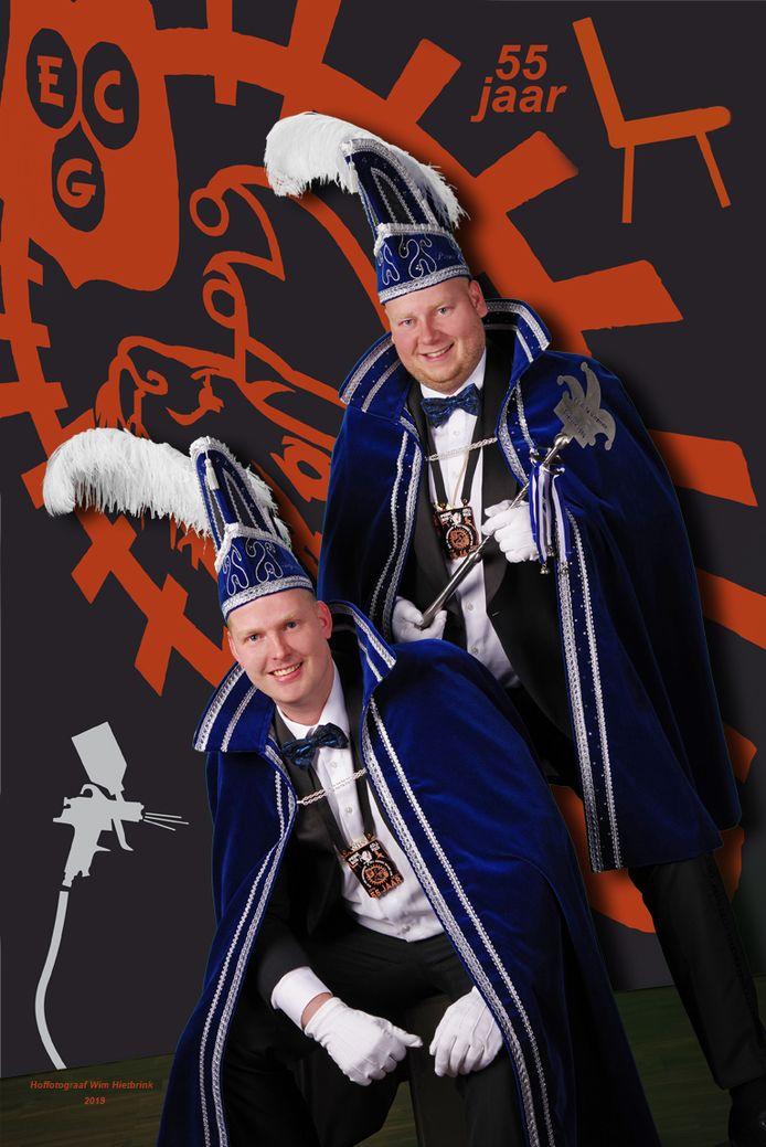 Prins Bob ten Vergert (boven) en adjudant Rick ten Have.