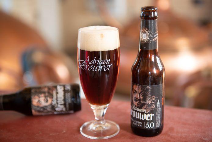 Oudenaards bruin bier, ook wel Adriaen Brouwer of AB'tje genoemd.