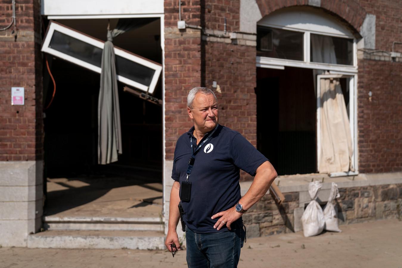 De voorbije week trok Alain Remue, diensthoofd van de Cel Vermiste Personen, bijna elke dag naar het rampgebied in Wallonië.