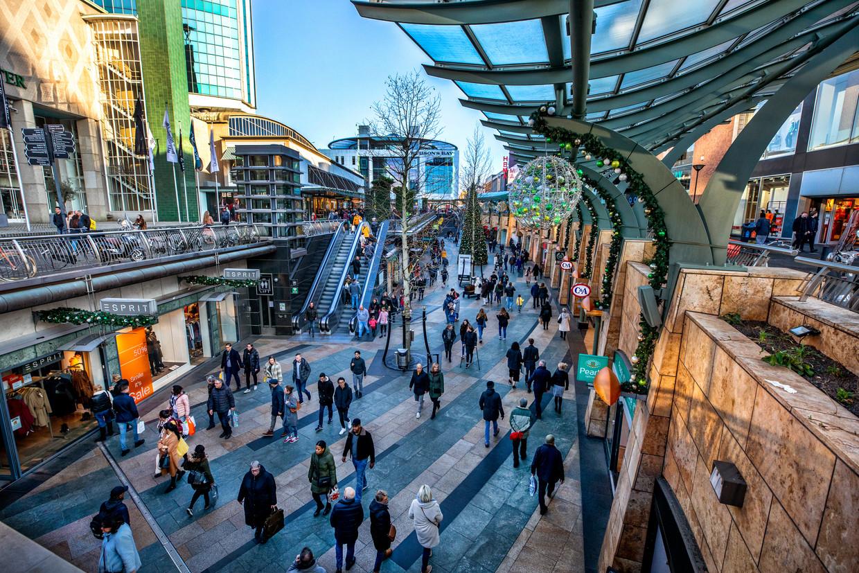 Het koopcentrum van Rotterdam. Beeld Raymond Rutting