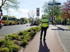 Bestuurster met spoed naar ziekenhuis na botsing op kruispunt in Bergen op Zoom