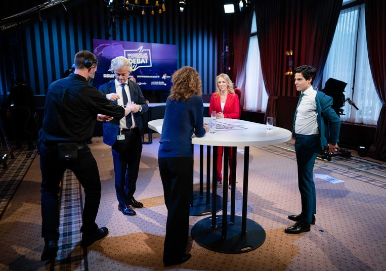 Geert Wilders (PVV), Sophie Hermans (VVD), Lilian Marijnissen (SP) en Rob Jetten (D66)  tijdens het eerste lijsttrekkersdebat voor de Tweede Kamerverkiezingen. Het debat was georganiseerd door de drie noordelijke provincies en drie dagbladen.  Beeld ANP