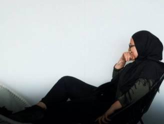 """""""Afgewezen als stagiair door Stad Lokeren omwille van hoofddoek"""": Kaoutar (24) roept 9 juni uit tot Hijabi Day als aanklacht tegen beslissing"""