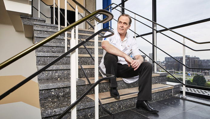 Hoogleraar chirurgie Casper van Eijck: 'De manier waarop mensen met slecht nieuws omgaan, is indrukwekkend.'