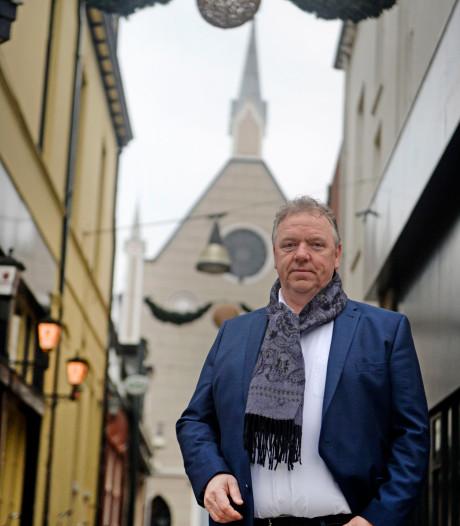 Enschedees raadslid voelt zich thuis op rechts: 'Van Nederland weer een soeverein land maken'