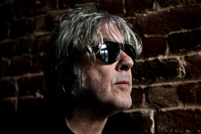 ► Arno: 'Ik flipte op de gedachte dat de muzikanten meer aan hun kapsel dan aan de muziek zouden denken.' Beeld Tom Verbruggen