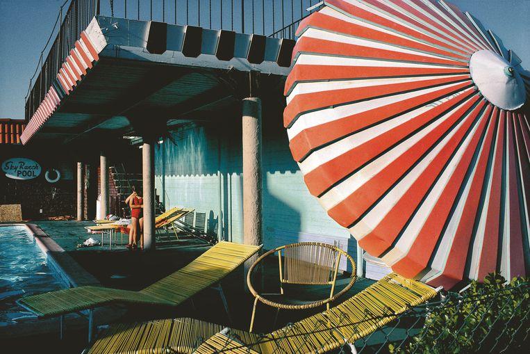 Een motel in de binnenstad van Las Vegas. Beeld rv Harry Gruyaert