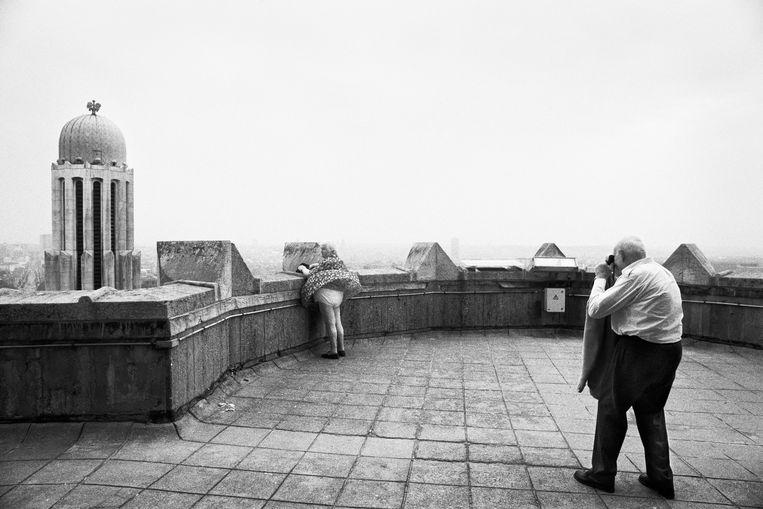 Stephan Vanfleteren, 'Wind, Koekelberg, Brussel, 2000'.   Beeld Stephan Vanfleteren