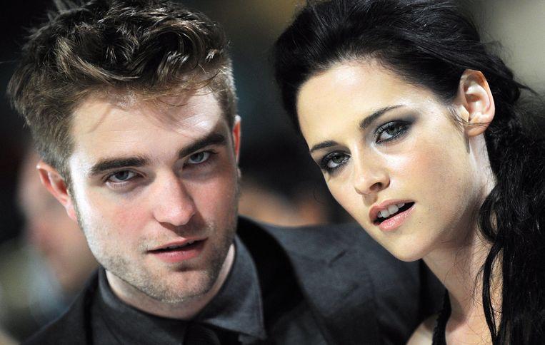 E.L. James, de succesauteur van 'Vijftig tinten grijs', schreef tussen 2009 en 2011 een trilogie gebaseerd op de vampierserie 'Twilight', met toevoeging van erotiek en bdsm.  Beeld EPA
