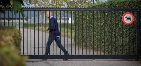 Curator verkoopt inboedel Achilles '29, sportcomplex De Heikant op slot, spelers trainen elders