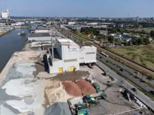 Omstreden asfaltfabriek te koop voor 10 miljoen euro: 'Kritisch bekijken voordat we grote oprotpremie meegeven'