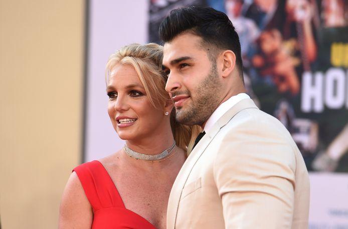 De Amerikaanse zangeres Britney Spears met haar vriend Sam Asghari.