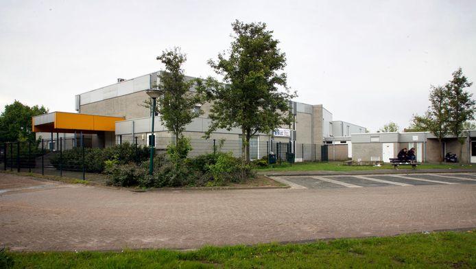 Bij het Ontmoetingscentrum in Beek en Donk komt een mobiele jongerenontmoetingsplek.