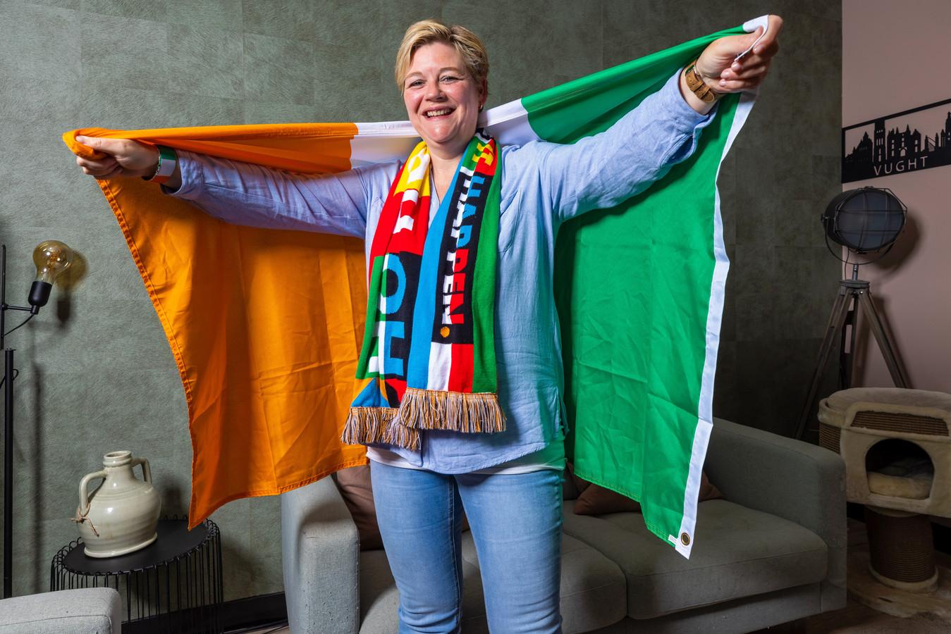 Marie-Louise Broess uit Vught, Delegation Host van Ierland bij het Eurovisie Songfestival.