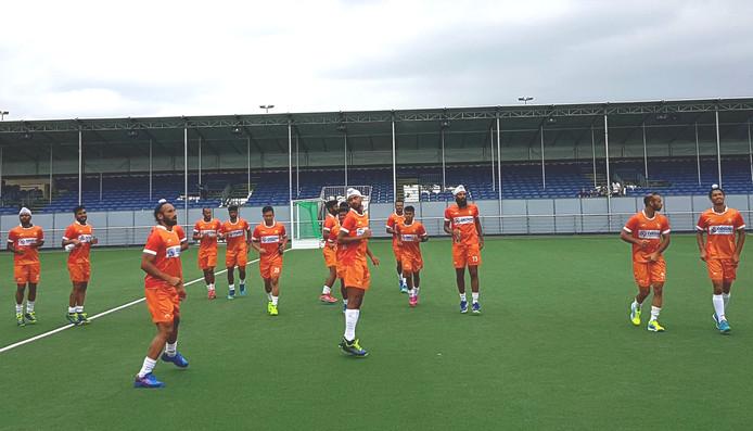 Het hockeyteam van India trainde dinsdagmiddag op het veld van BH & BC in Breda, waar vanaf komende zaterdag de Champions Trophy plaatsvindt.