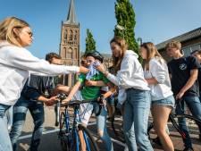 Hoe een dorp een week lang verandert in een warm wielerbad: 'De Tour de Schalkwijk zit in onze genen'