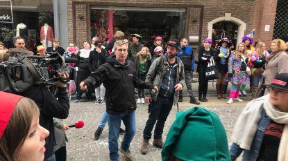 De Kampioenen spelen carnavalsstoet na met 500 figuranten