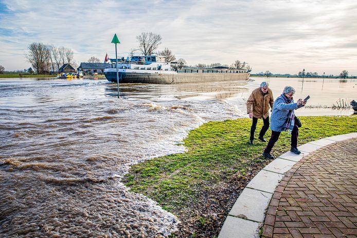 Door de vele regenval in Duitsland komen de uiterwaarden van de Rijn en IJssel deze week waarschijnlijk onder water te staan.