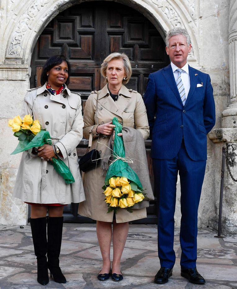 De burgemeester van San Antonio, prinses Astrid en staatssecretaris van Buitenlandse Handel Pieter De Crem in Texas. Beeld BELGA