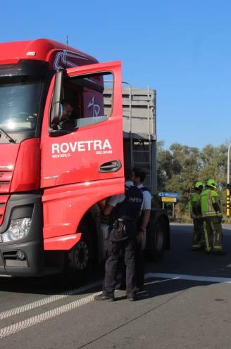 Trucker die tegen amper 20 km/u fietsster (63) doodreed, verlaat rechtbank in tranen