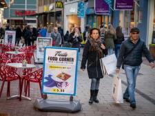 Arnhem maakt zich zorgen over wildgroei reclameborden: 'Helemaal uit de klauwen gelopen'