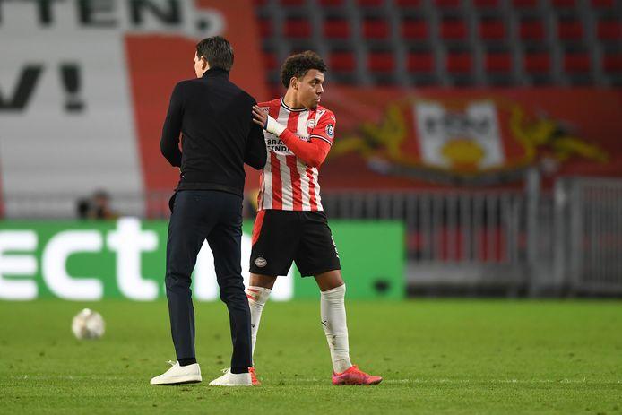 PSV-trainer Schmidt met Malen.