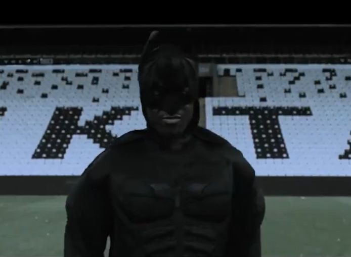 Batshuayi voorgesteld bij Besiktas in filmpje.