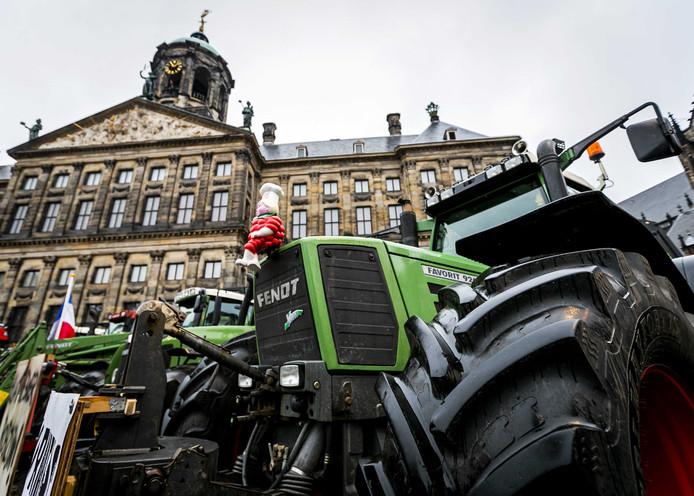 Tractoren op de Dam in Amsterdam.