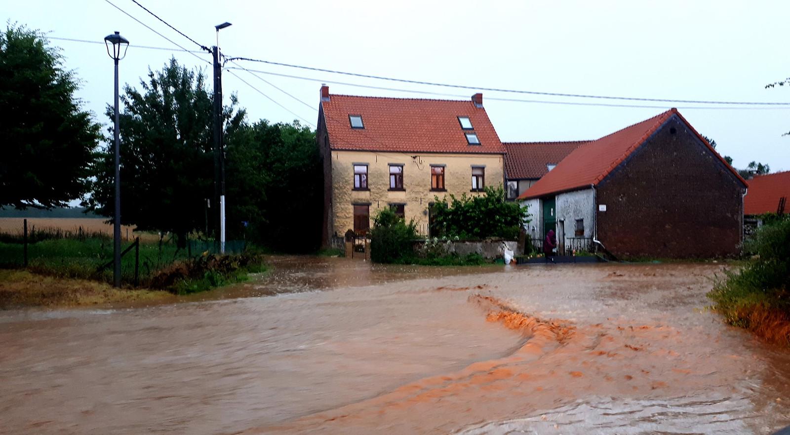 Inondations rue de Spêche à Walhain
