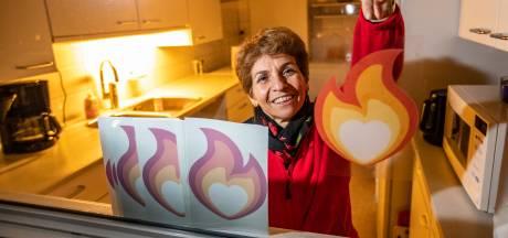 Nuran laat vlammetjes ontbranden na burenactie in haar Deventer flatgebouw
