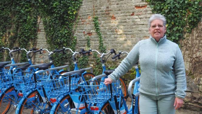 """Blue-bike en gemeente openen deelfietslocatie aan Plantentuin: """"Belangrijke schakel in mobiliteitsknooppunt"""""""