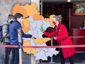 KAART   Minder positieve tests in Veluwse gemeenten, uitschieters voor Lelystad en Staphorst