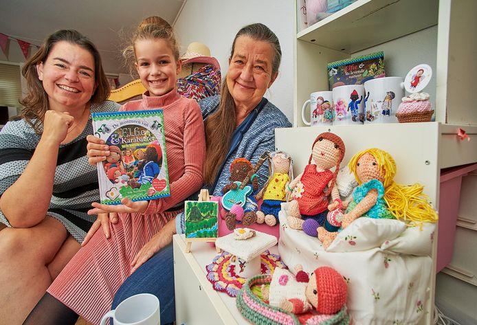 Sofie Beerthuyzen uit Oss heeft samen met haar moeder Roos en oma Heleen van der Sanden een kinderboek gemaakt.