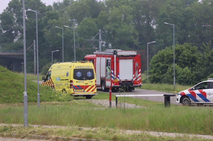 Een crossfietser is zaterdagochtend zwaargewond geraakt in Tiel