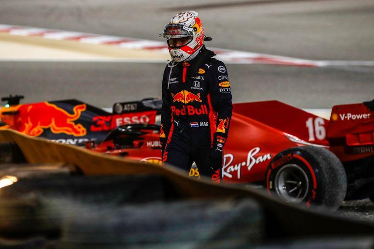 Max Verstappen (Red Bull Racing) moet opgeven. Beeld Photo News