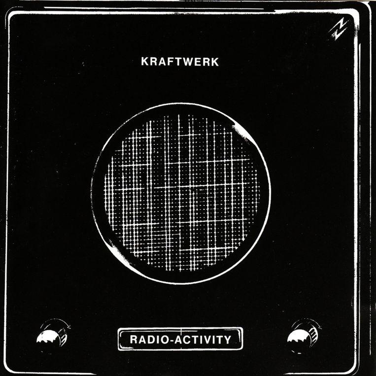De originele hoes van 'Radio-Activity' uit 1975 Beeld RV