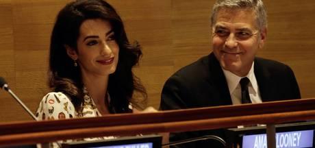 George en zwangere Amal mijden riscolanden