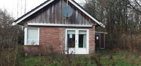 Burgemeester sluit pand in Vriezenveen voor half jaar na vondst productiemiddelen hennep