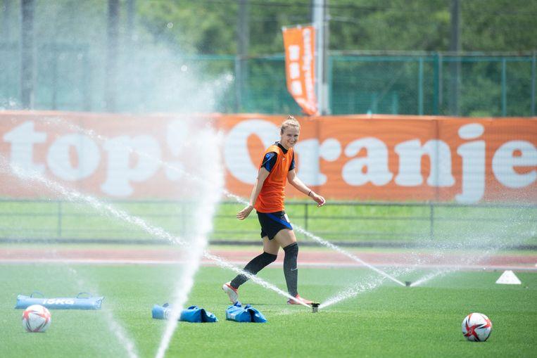 Oranje-speelster Vivianne Miedema deze week op het trainingsveld in Kamogawa. Beeld AFP