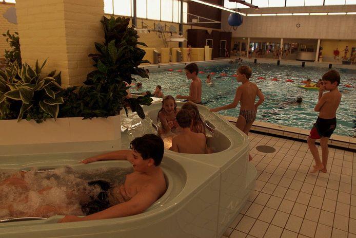 In 1999 werd nog in het zwembad van De Leye geïnvesteerd.